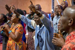 bönevecka med böneteam från tanzania