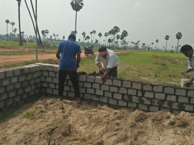 Bygger skola i Indien